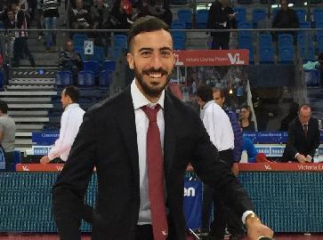 https://www.basketmarche.it/immagini_articoli/16-11-2017/serie-a-matteo-magi-è-il-nuovo-team-manager-della-victoria-libertas-pesaro-270.jpg