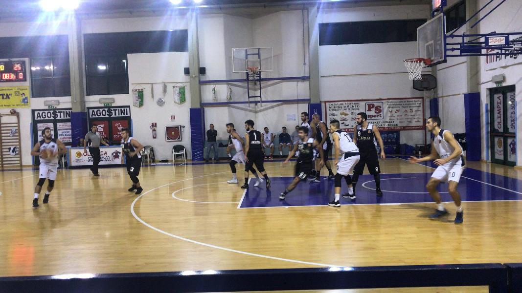 https://www.basketmarche.it/immagini_articoli/16-11-2018/camb-montecchio-passa-campo-pesaro-basket-rimane-sola-testa-classifica-600.jpg