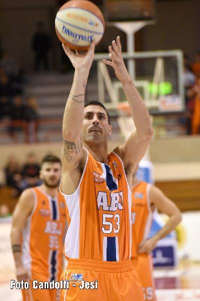 https://www.basketmarche.it/immagini_articoli/16-11-2019/aurora-jesi-franco-migliori-andremo-cento-fiducia-voglia-vittoria-varrebbe-doppio-600.jpg