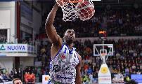 https://www.basketmarche.it/immagini_articoli/16-11-2019/dinamo-sassari-spettacolo-supera-nettamente-pallacanestro-reggiana-120.jpg