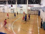 https://www.basketmarche.it/immagini_articoli/16-11-2019/ricci-chiaravalle-espugna-campo-metauro-basket-academy-120.jpg