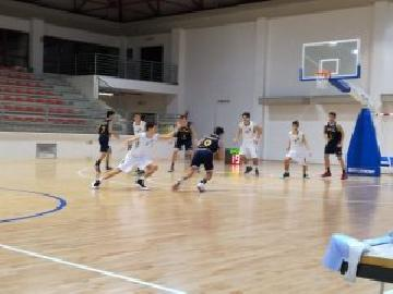 https://www.basketmarche.it/immagini_articoli/16-12-2017/under-16-eccellenza-il-cab-stamura-ancona-supera-la-poderosa-montegranaro-270.jpg