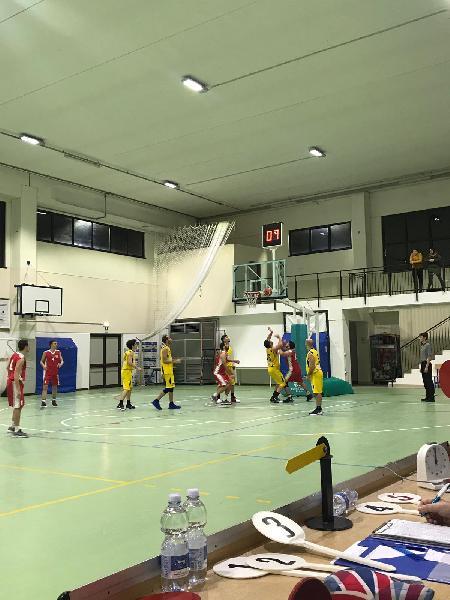 https://www.basketmarche.it/immagini_articoli/16-12-2018/basket-maceratese-passa-nettamente-campo-victoria-fermo-continua-correre-600.jpg