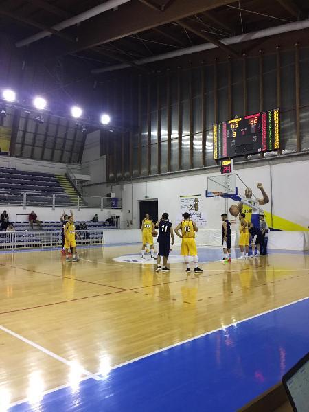 https://www.basketmarche.it/immagini_articoli/16-12-2018/pallacanestro-recanati-impone-coriacea-pallacanestro-fermignano-600.jpg