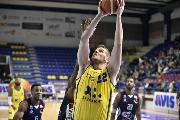 https://www.basketmarche.it/immagini_articoli/16-12-2018/poderosa-montegranaro-soffre-fine-doma-assigeco-piacenza-120.jpg