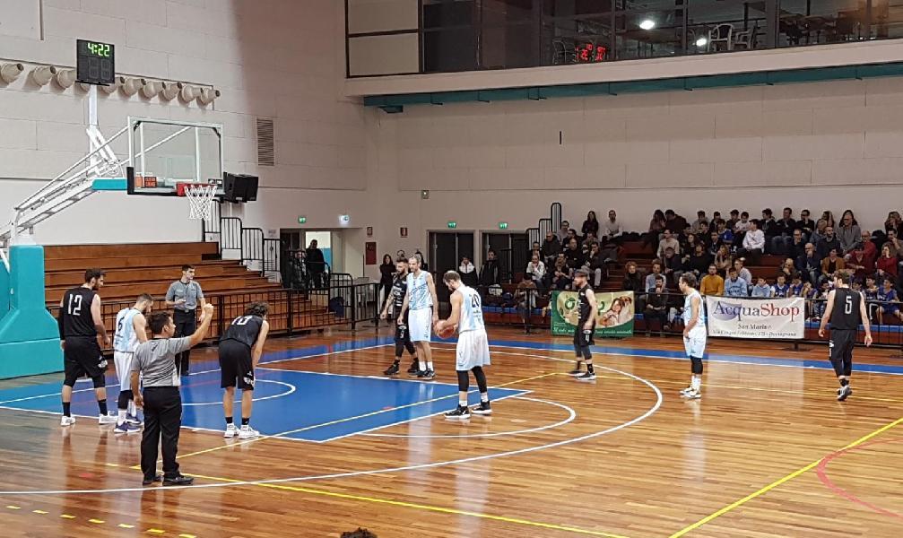 https://www.basketmarche.it/immagini_articoli/16-12-2019/basket-todi-coach-olivieri-marino-bene-minuti-black-finale-deve-farci-riflettere-600.jpg
