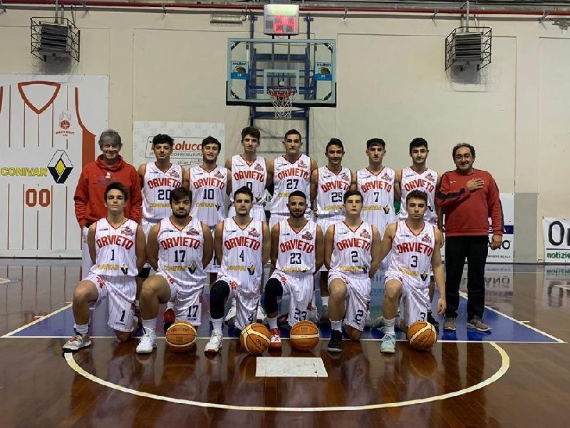 https://www.basketmarche.it/immagini_articoli/16-12-2019/orvieto-basket-conquista-importante-vittoria-giromondo-spoleto-600.jpg