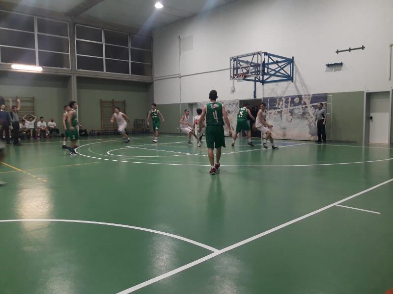 https://www.basketmarche.it/immagini_articoli/16-12-2019/posticipo-lupo-pesaro-ferma-corsa-basket-vadese-600.jpg