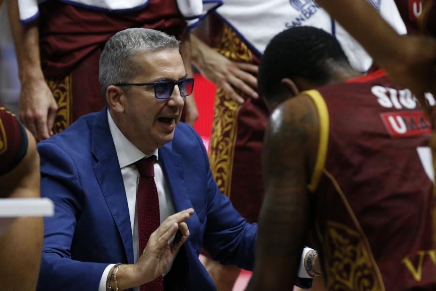 https://www.basketmarche.it/immagini_articoli/16-12-2020/venezia-sconfitta-istanbul-coach-raffaele-alcuni-momenti-nostro-atteggiamento-stato-impresentabile-600.jpg
