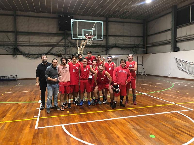 https://www.basketmarche.it/immagini_articoli/17-01-2019/adriatico-ancona-batte-basket-2000-senigallia-correre-600.jpg