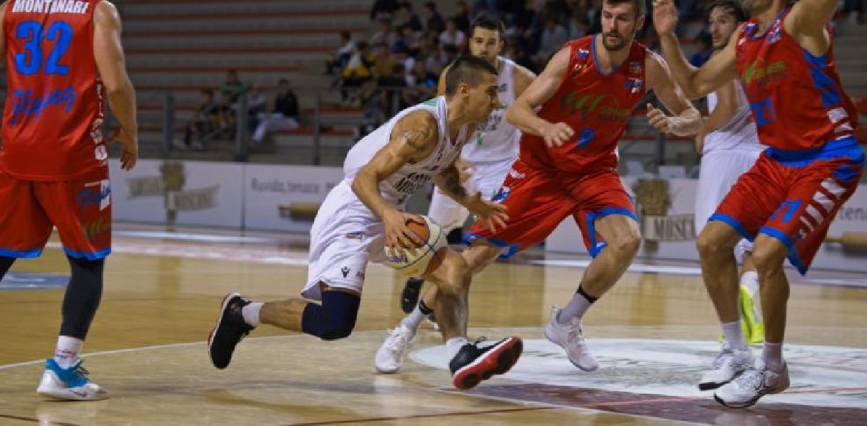 https://www.basketmarche.it/immagini_articoli/17-01-2020/campetto-ancona-coach-rajola-ozzano-dobbiamo-dare-continuit-prestazione-offerta-fabriano-600.jpg