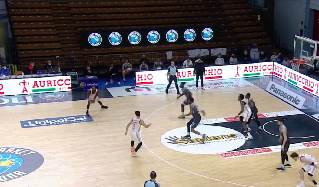 https://www.basketmarche.it/immagini_articoli/17-01-2021/pallacanestro-trieste-scappa-quarto-espugna-campo-basket-cremona-600.png