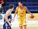 https://www.basketmarche.it/immagini_articoli/17-01-2021/pesaro-carlos-delfino-rischio-forfait-sfida-dinamo-sassari-120.jpg