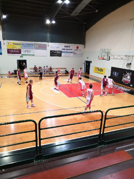 https://www.basketmarche.it/immagini_articoli/17-02-2019/atomika-basket-spoleto-passa-campo-uisp-palazzetto-perugia-600.jpg