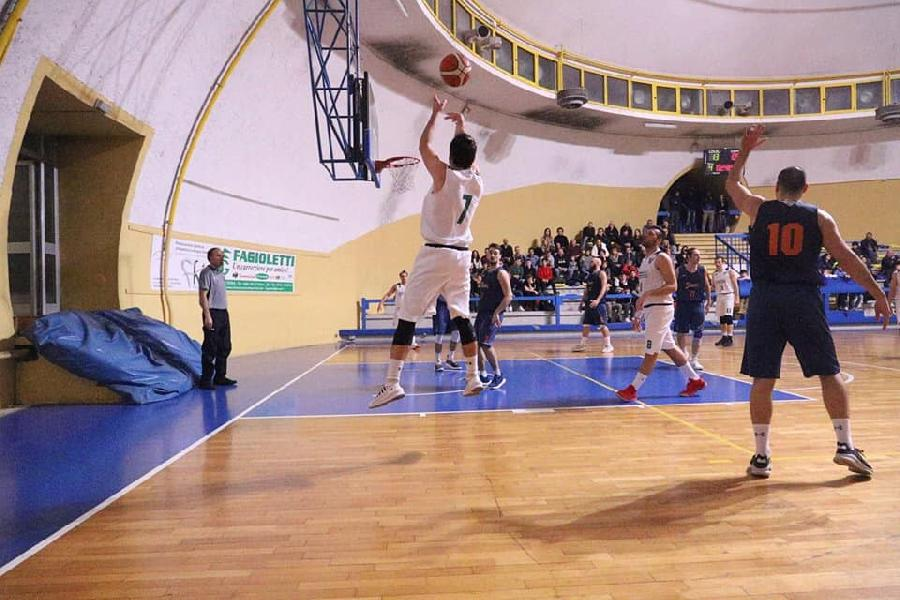 https://www.basketmarche.it/immagini_articoli/17-02-2019/netta-vittoria-virtus-terni-pallacanestro-perugia-600.jpg