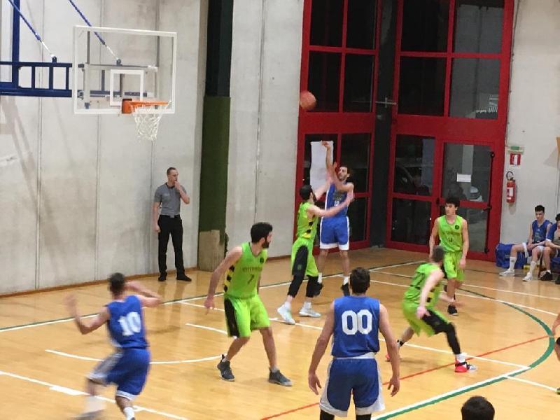 https://www.basketmarche.it/immagini_articoli/17-02-2019/pallacanestro-ellera-impone-interamna-terni-600.jpg