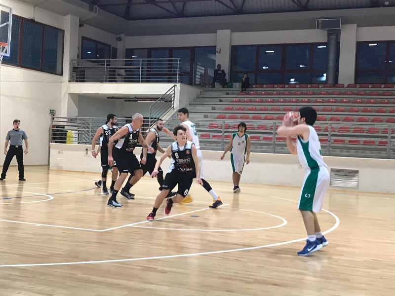 https://www.basketmarche.it/immagini_articoli/17-02-2019/stamura-ancona-ritrova-vittoria-camb-montecchio-600.jpg