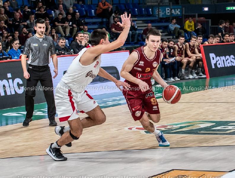 https://www.basketmarche.it/immagini_articoli/17-02-2020/next-assegnati-airness-awards-davide-casarin-nicola-berdini-miglior-assistman-600.jpg