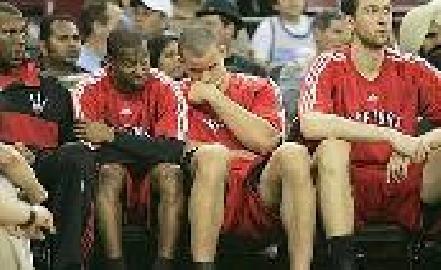 https://www.basketmarche.it/immagini_articoli/17-03-2008/nba-quarta-sconfitta-consecutiva-per-toronto-deludente-bargnani-270.jpg