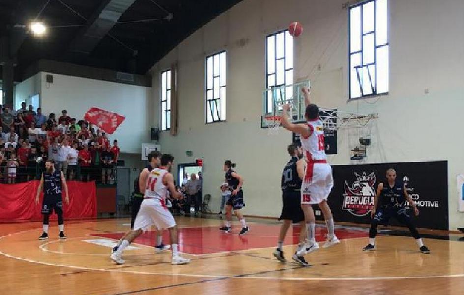 https://www.basketmarche.it/immagini_articoli/17-03-2019/importante-sfida-salvezza-basket-foligno-campo-perugia-basket-600.png
