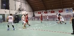 https://www.basketmarche.it/immagini_articoli/17-03-2019/pallacanestro-acqualagna-batte-basket-auximum-osimo-conferma-capolista-120.jpg