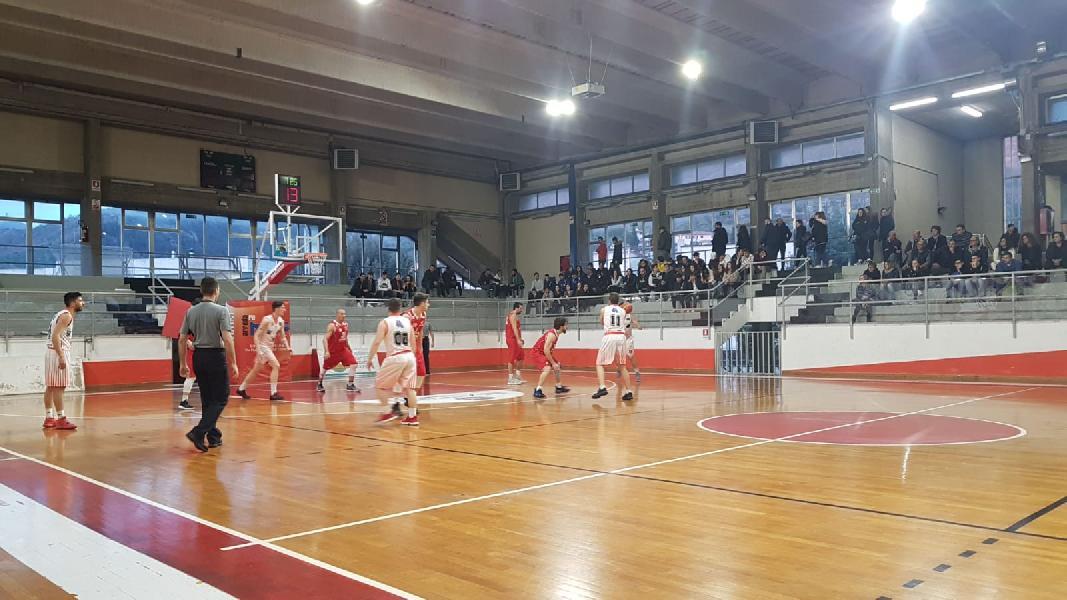 https://www.basketmarche.it/immagini_articoli/17-03-2019/serie-silver-live-girone-marche-umbria-risultati-ritorno-tempo-reale-600.jpg