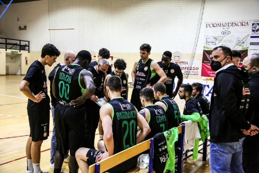 https://www.basketmarche.it/immagini_articoli/17-03-2021/basket-corato-cerca-riscatto-primo-derby-storia-600.jpg