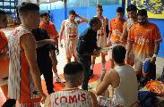 https://www.basketmarche.it/immagini_articoli/17-04-2021/pisaurum-coach-surico-pescara-attrezzata-daremo-massimo-120.jpg