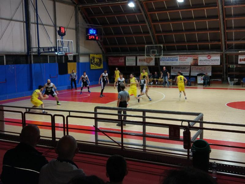https://www.basketmarche.it/immagini_articoli/17-05-2019/regionale-finals-live-risultati-finali-aggiornati-fine-quarto-600.jpg