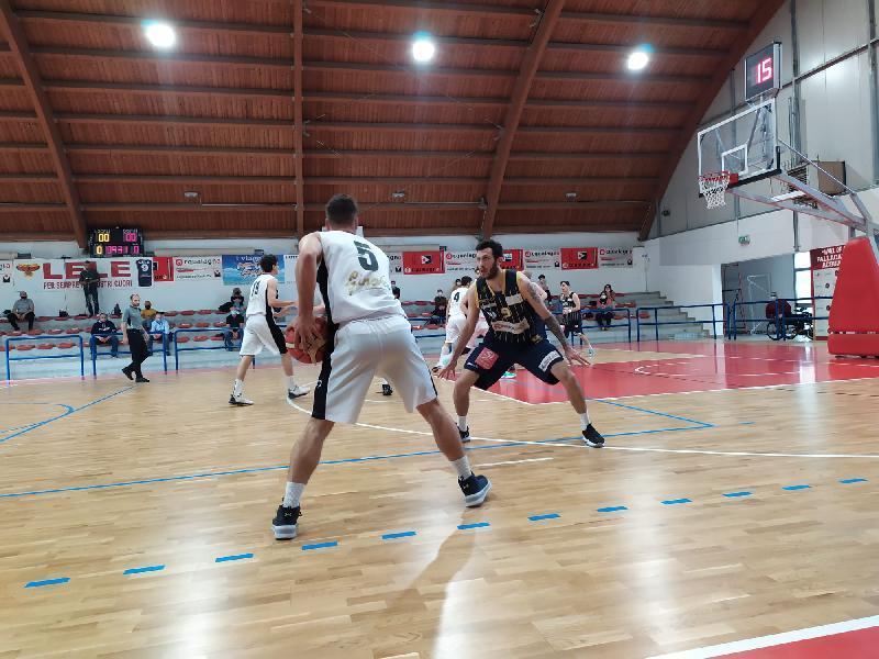 https://www.basketmarche.it/immagini_articoli/17-05-2021/acqualagna-coach-renzi-alleno-gruppo-super-diverte-giocare-insieme-600.jpg