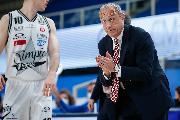 https://www.basketmarche.it/immagini_articoli/17-05-2021/milano-coach-messina-vinta-serie-molto-fisica-fondamentale-apporto-moraschini-120.jpg