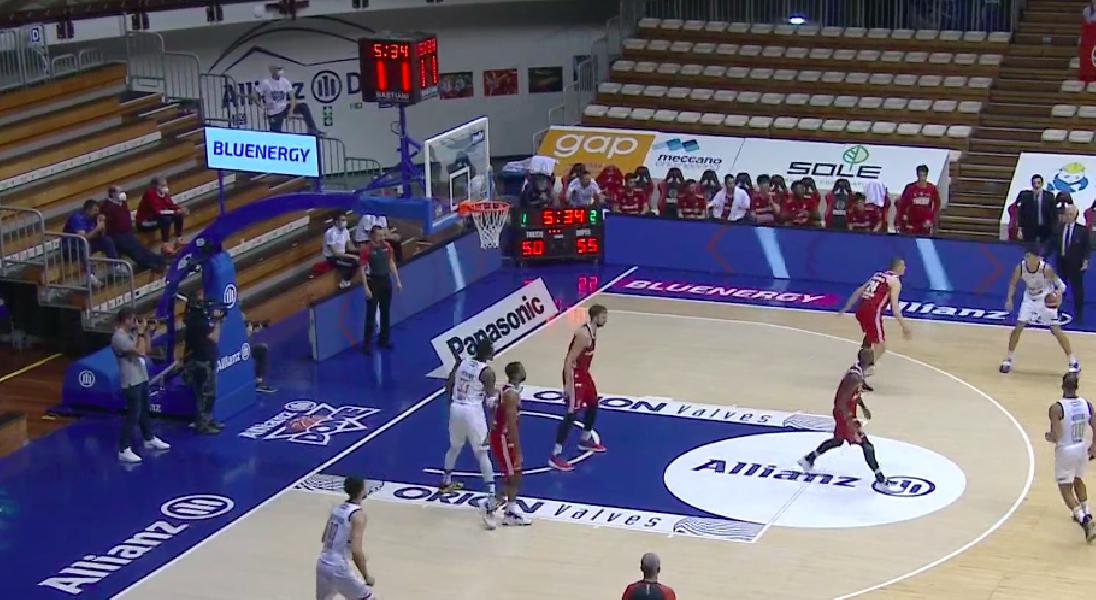 https://www.basketmarche.it/immagini_articoli/17-05-2021/playoff-happy-casa-brindisi-espugna-trieste-vola-semifinale-600.png