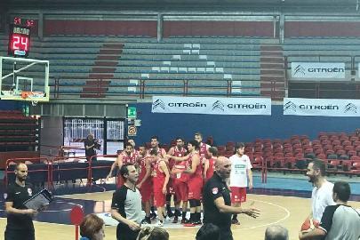 https://www.basketmarche.it/immagini_articoli/17-06-2017/serie-c-nazionale-spareggi-il-costa-d-orlando-supera-la-polisportiva-battipagliese-270.jpg