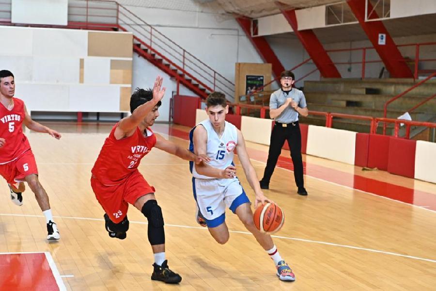 https://www.basketmarche.it/immagini_articoli/17-06-2021/silver-virtus-porto-giorgio-espugna-volata-campo-basket-macerata-600.jpg
