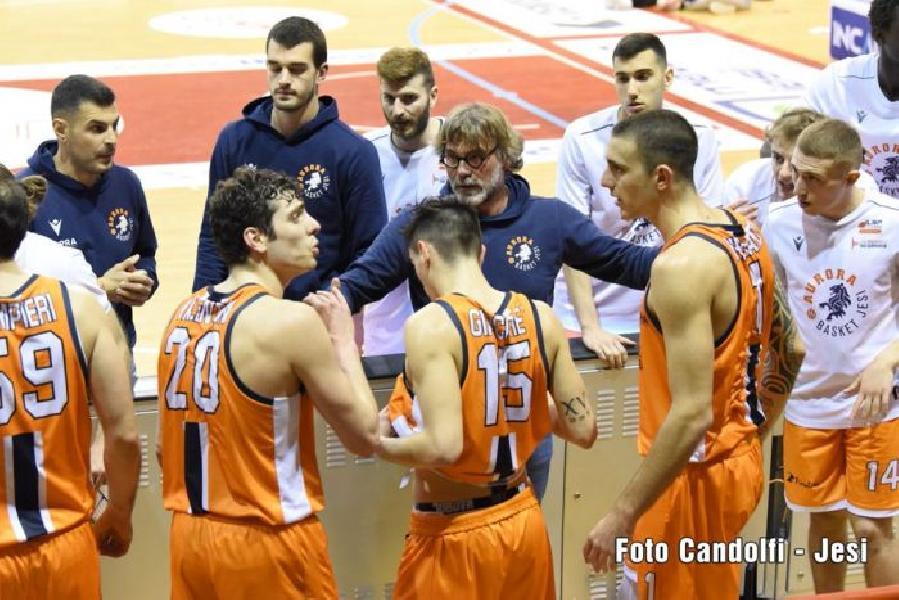 https://www.basketmarche.it/immagini_articoli/17-06-2021/ufficiale-separano-strade-dellaurora-jesi-coach-marcello-ghizzinardi-600.jpg
