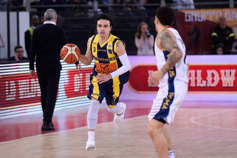 https://www.basketmarche.it/immagini_articoli/17-07-2019/ufficiale-play-marco-passera-giocatore-dellnpc-rieti-600.jpg