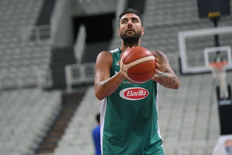 https://www.basketmarche.it/immagini_articoli/17-08-2019/ufficiale-pietro-aradori-parteciper-fiba-world-2019-scelta-tecnica-600.jpg