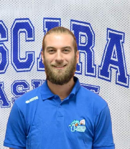 https://www.basketmarche.it/immagini_articoli/17-08-2020/pescara-basket-coach-giacomo-nicola-confermato-staff-tecnico-biancoazzurro-600.jpg