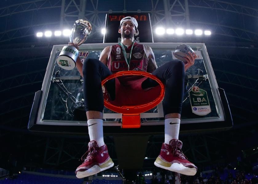 https://www.basketmarche.it/immagini_articoli/17-08-2020/reyer-venezia-doppio-tampone-negativo-austin-daye-aggregarsi-squadra-600.jpg