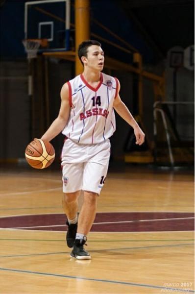 https://www.basketmarche.it/immagini_articoli/17-09-2021/ufficiale-virtus-terni-chiude-mercato-arrivo-play-federico-gambelunghe-600.jpg
