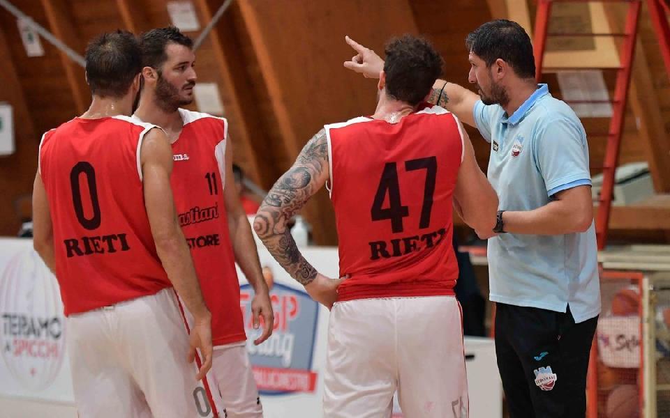 https://www.basketmarche.it/immagini_articoli/17-10-2020/real-sebastiani-rieti-coach-righetti-aspetta-gara-tosta-luiss-buonissima-squadra-600.jpg