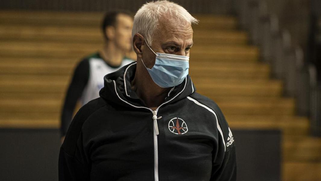 https://www.basketmarche.it/immagini_articoli/17-10-2020/trieste-coach-dalmasson-brescia-partita-grande-sacrificio-dedizione-difensiva-600.jpg