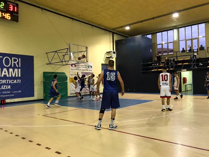 https://www.basketmarche.it/immagini_articoli/17-10-2021/esordio-positivo-basket-contigliano-batte-nestor-marsciano-600.jpg