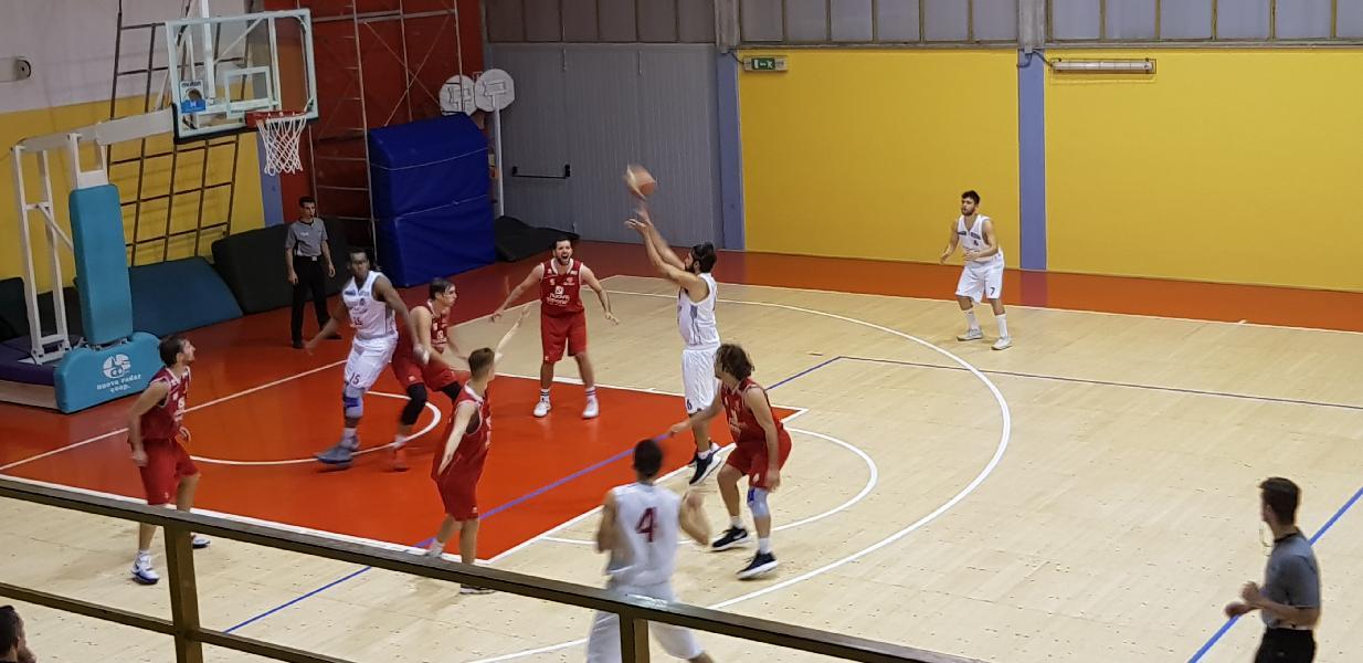 https://www.basketmarche.it/immagini_articoli/17-11-2018/pallacanestro-urbania-inarrestabile-tolentino-battuto-settima-vittoria-consecutiva-600.jpg