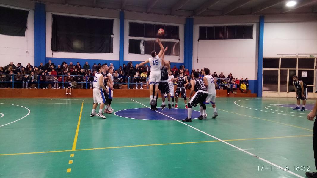 https://www.basketmarche.it/immagini_articoli/17-11-2018/regionale-live-girone-umbria-tutta-ottava-giornata-tempo-reale-600.jpg