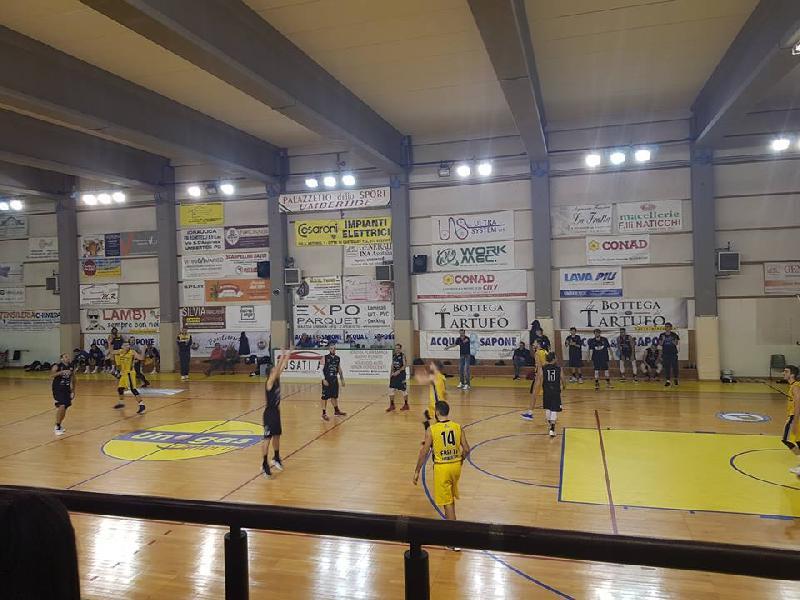 https://www.basketmarche.it/immagini_articoli/17-11-2018/serie-silver-live-girone-marche-umbria-settima-giornata-tempo-reale-600.jpg