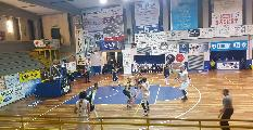 https://www.basketmarche.it/immagini_articoli/17-11-2019/basket-todi-supera-volata-pallacanestro-recanati-correre-120.jpg