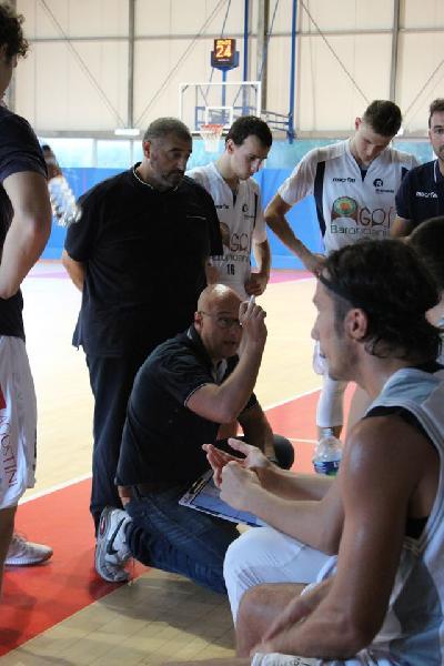 https://www.basketmarche.it/immagini_articoli/17-11-2019/bramante-derby-coach-nicolini-gara-favoriti-entrambi-siamo-molto-carichi-600.jpg