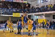 https://www.basketmarche.it/immagini_articoli/17-11-2019/janus-fabriano-espugna-volata-campo-sutor-montegranaro-120.jpg