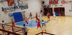 https://www.basketmarche.it/immagini_articoli/17-11-2019/montemarciano-aggiudica-scontro-diretto-pallacanestro-urbania-120.jpg